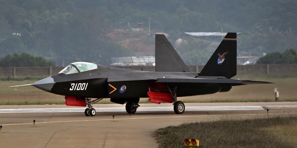 中国の戦闘機J31